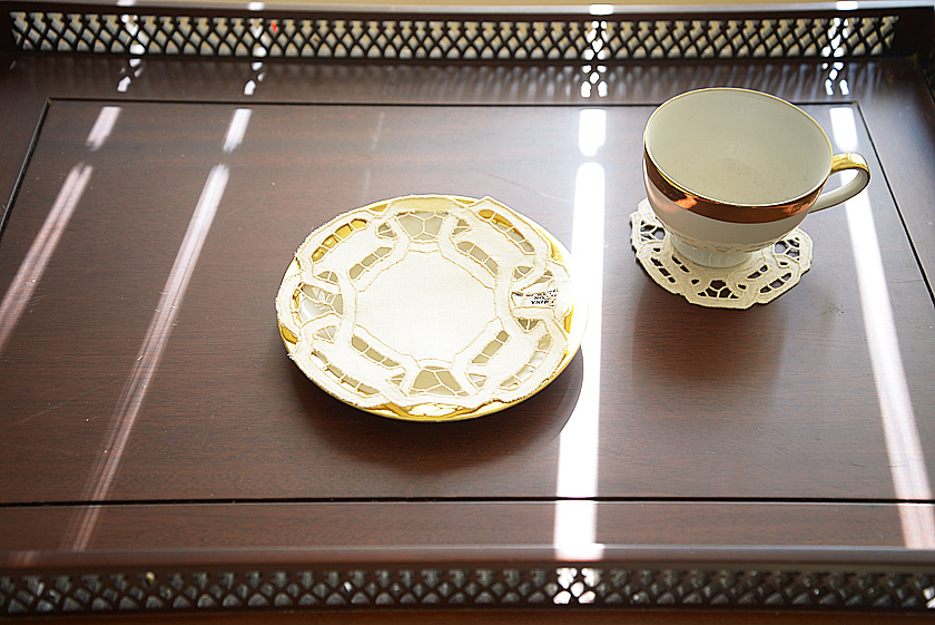 Round Doilies. Pearled Ivory color
