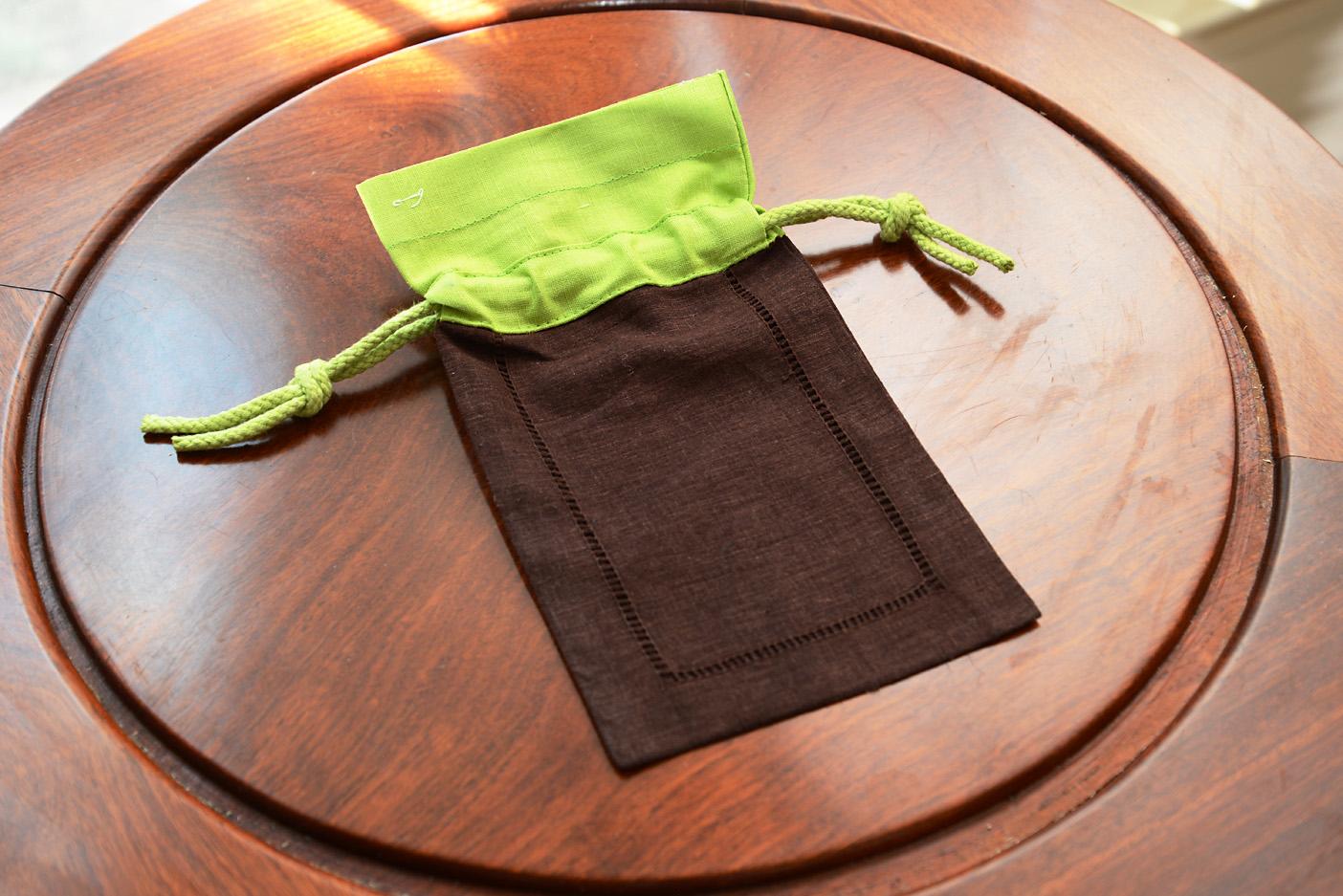 Multi color sachet bags