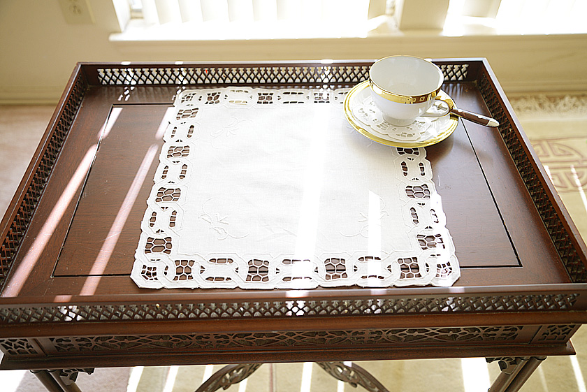 "14"" square placemat, 14"" square doily. white square doily"